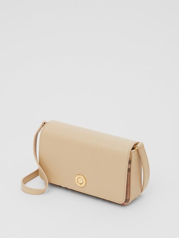 Bolsa transversal de couro e Vintage Check - Pequena (Bege Claro) - Mulheres   Burberry - cell image 3