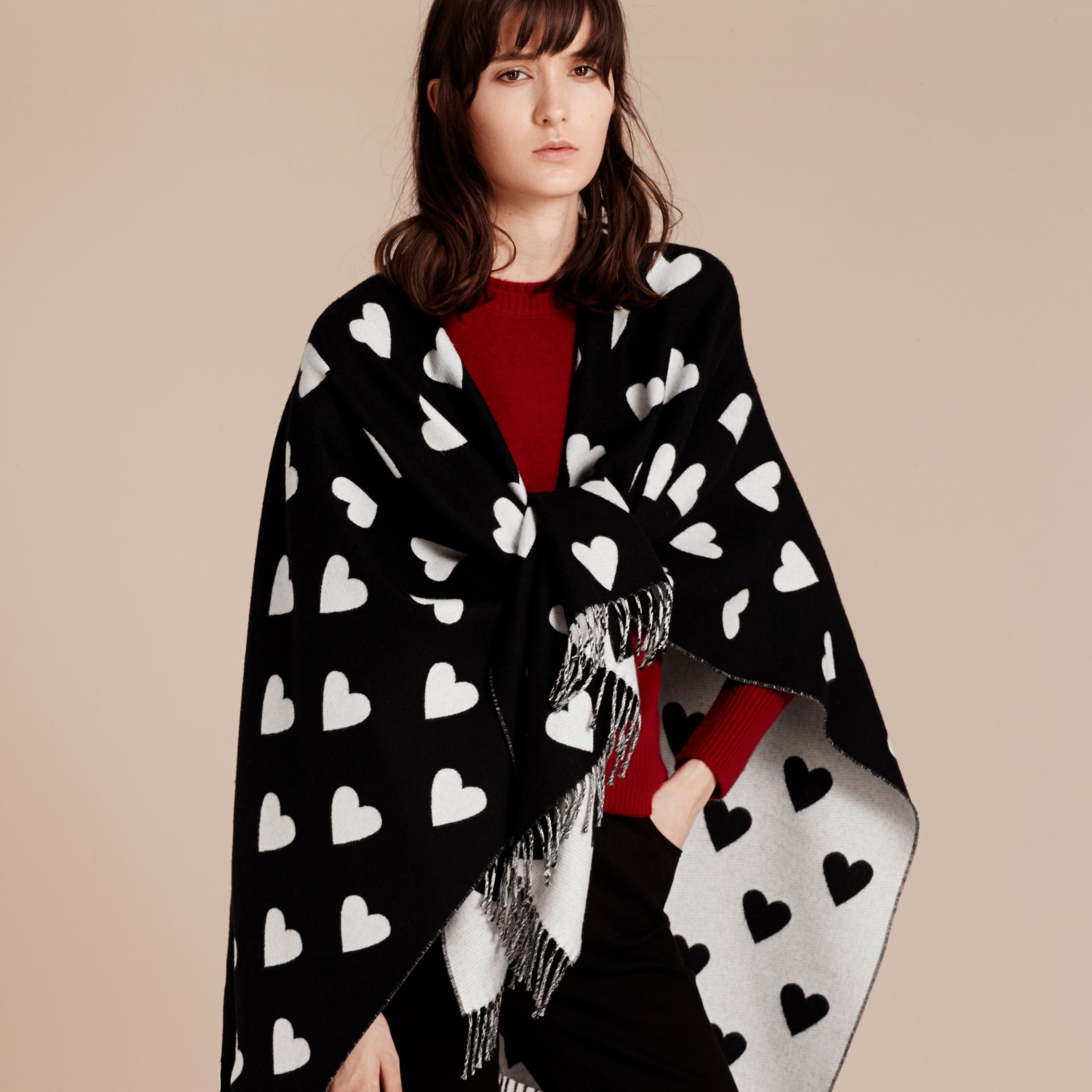 Heart Jacquard Merino Wool Poncho in Ivory/black - gallery image 6