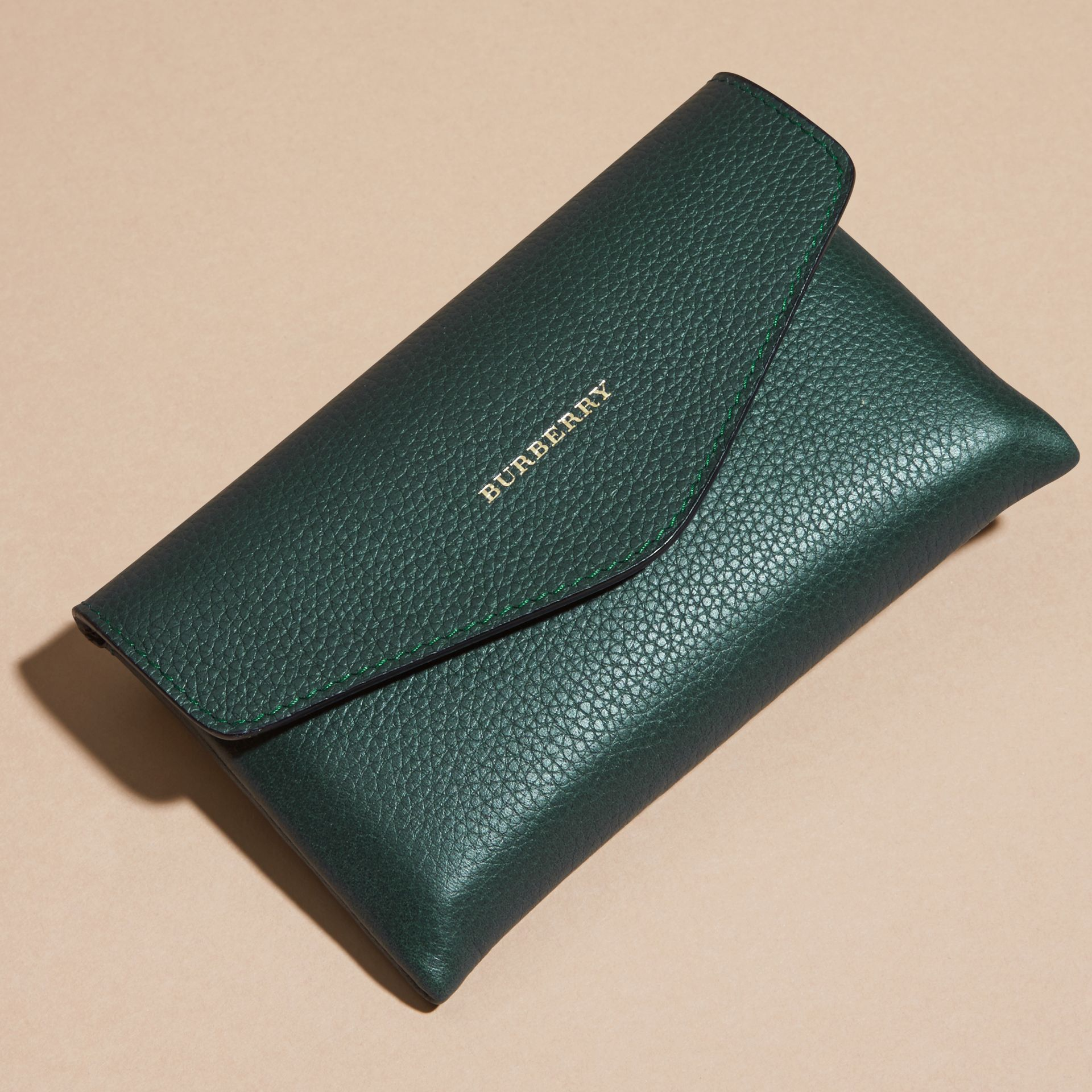 Wooden Domino Set with Grainy Leather Case in Dark Forest Green | Burberry - gallery image 3