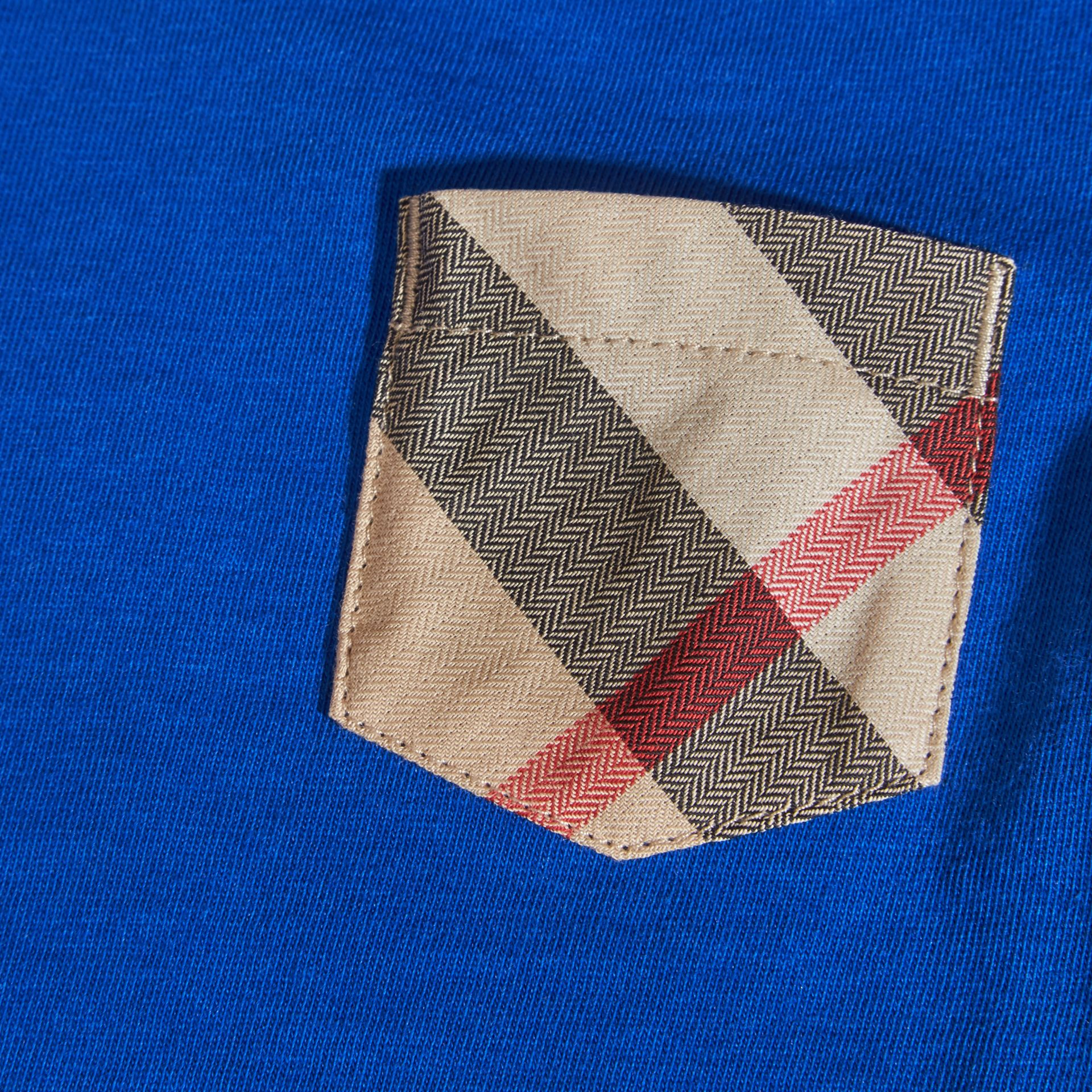 Check Pocket T-Shirt in Brilliant Blue | Burberry - gallery image 2