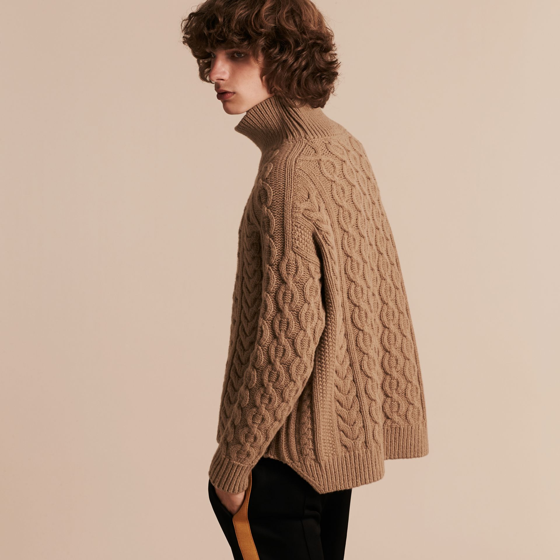 Camel Wool Cashmere Cable Knit Jumper - gallery image 3