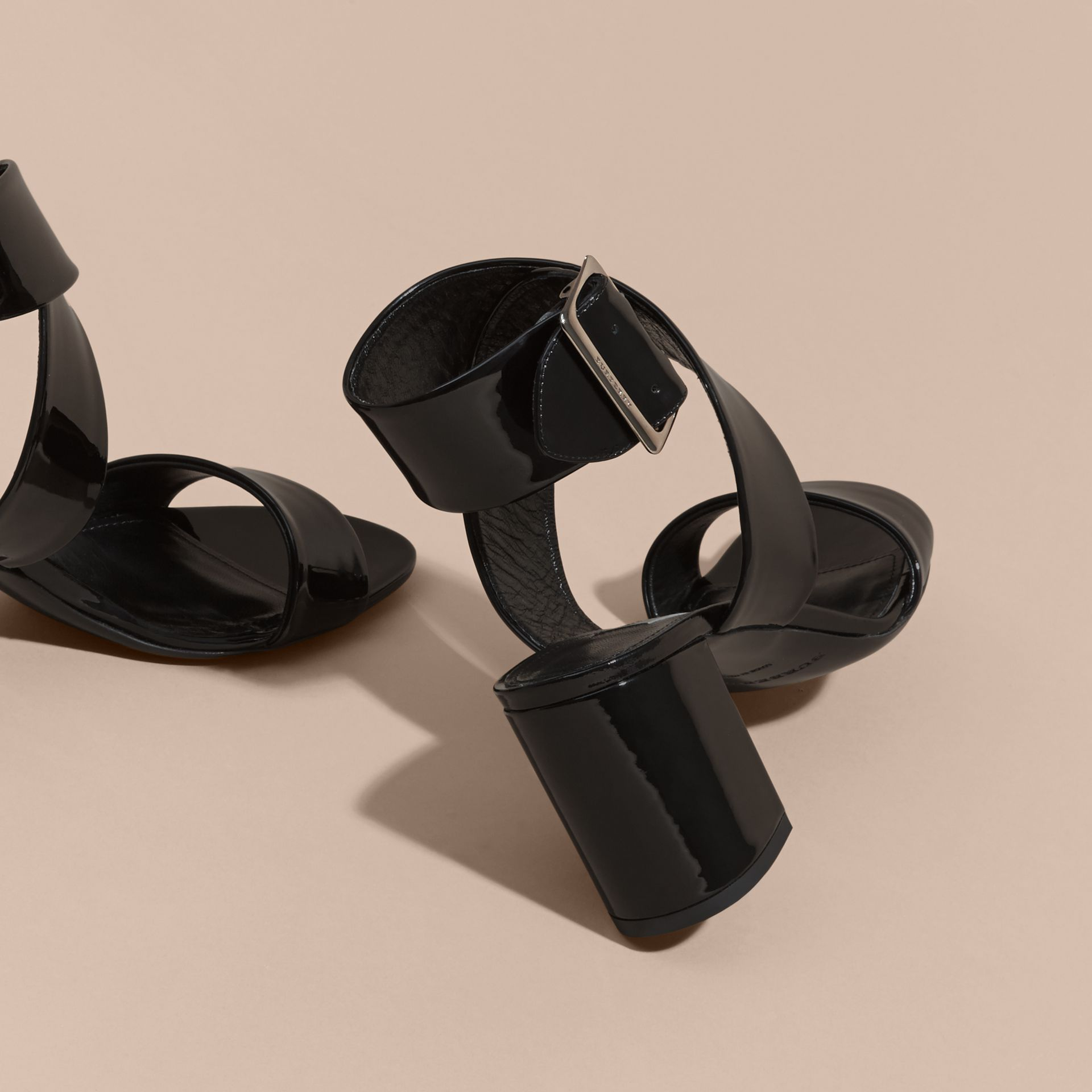 Patent Leather Sandals with Buckle and Check Detail - gallery image 5