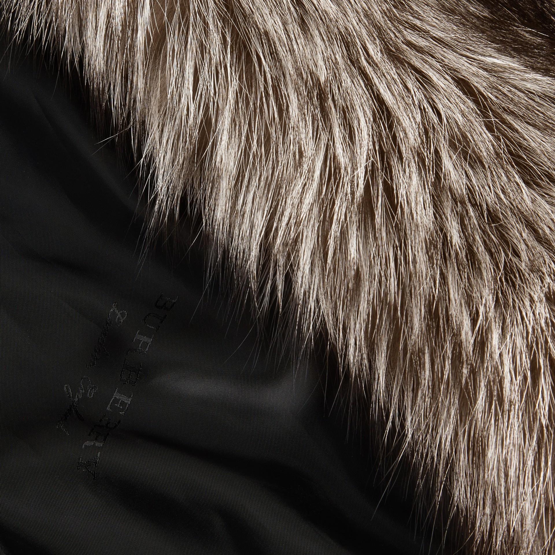 Naturfarben Mantel aus Fuchspelz - Galerie-Bild 2