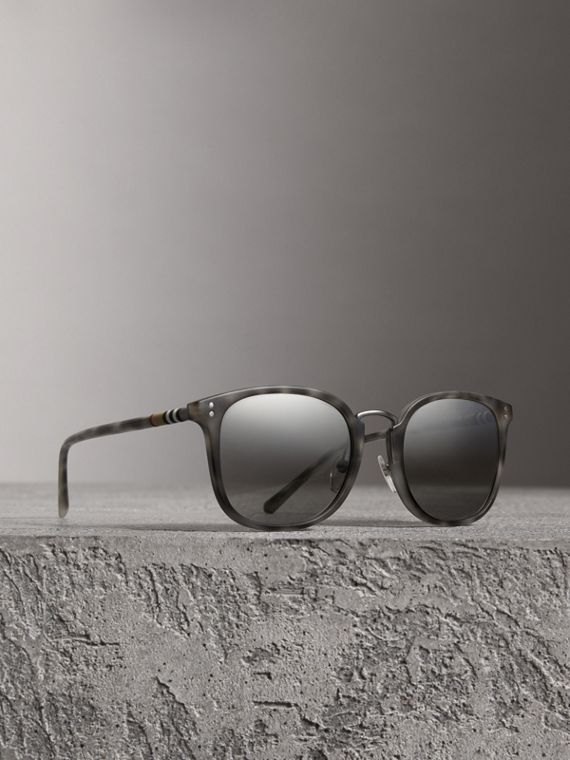 Square Frame Acetate Sunglasses in Chalk Grey