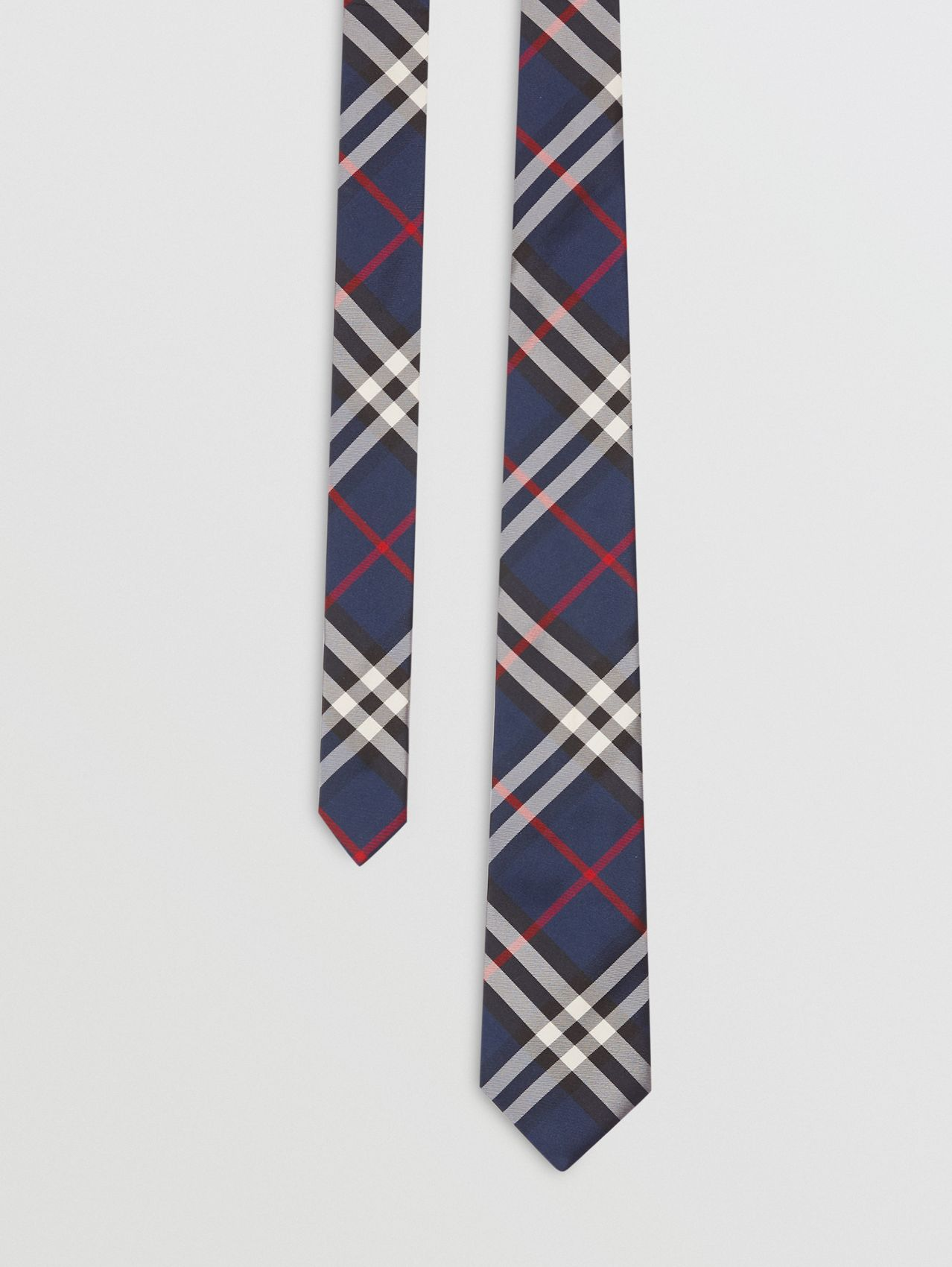 Classic Cut Vintage Check Silk Tie in Navy