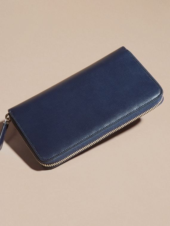 London Leather Ziparound Wallet in Dark Navy | Burberry Australia - cell image 2
