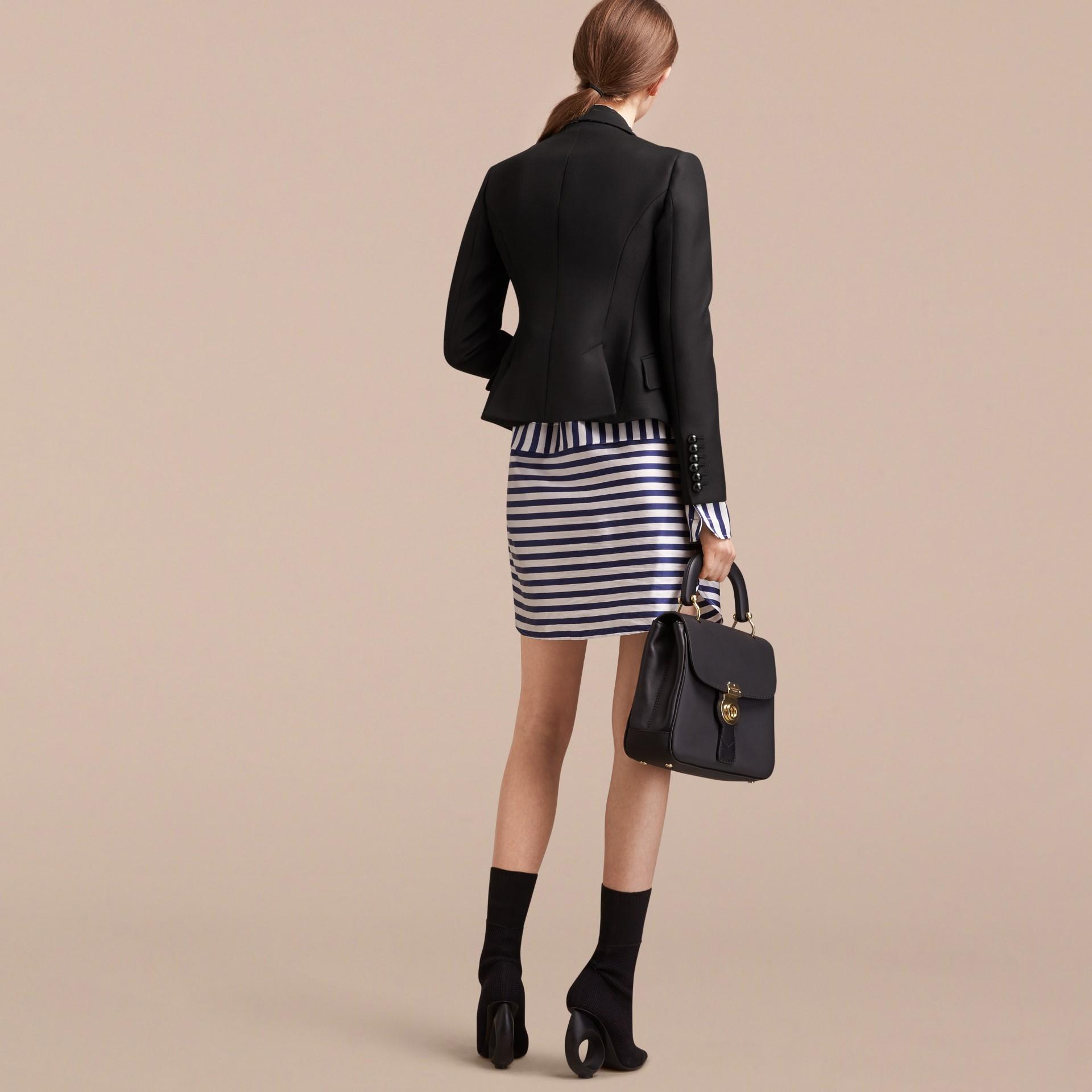 Jaqueta de alfaiataria de sarja de lã e algodão (Preto) - Mulheres | Burberry - galeria de imagens 3