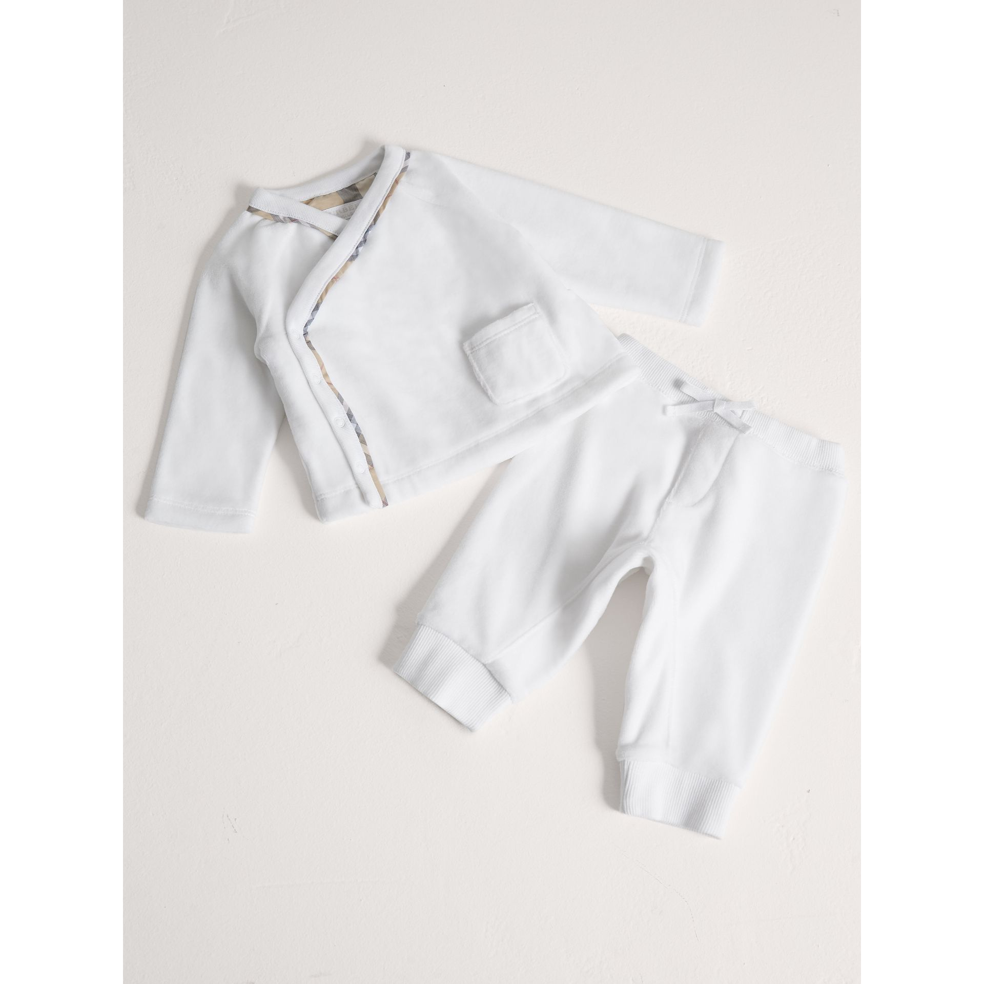 Stretch Jersey Two-piece Baby Gift Set in White | Burberry - gallery image 1