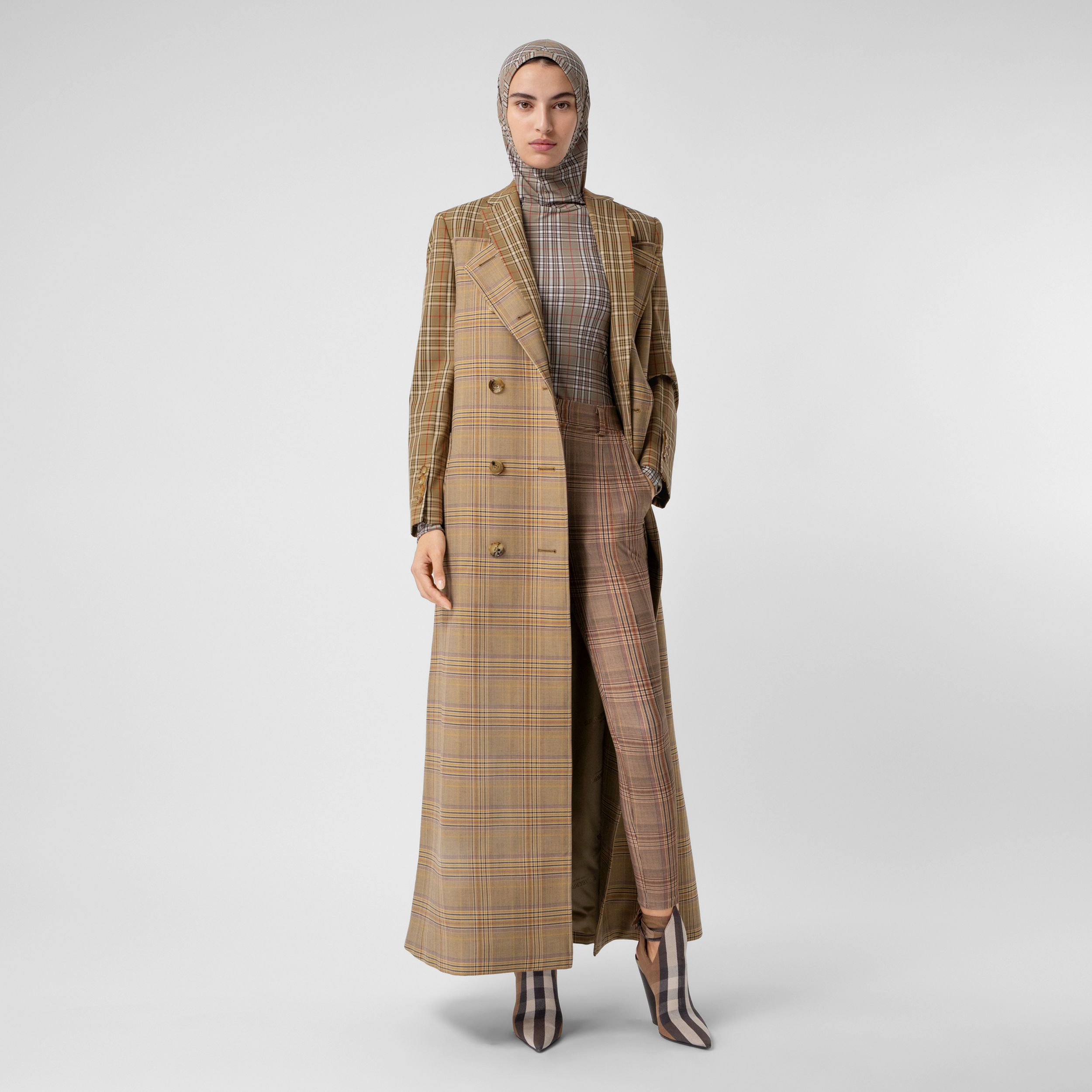 Contrast Check Wool Cotton Trench Coat in Dark Honey - Women | Burberry - 1