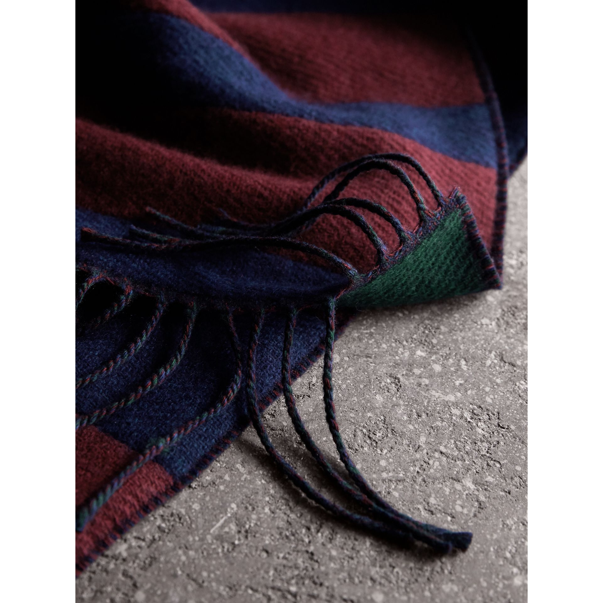 Colour-block Striped Wool Cashmere Scarf in Claret/navy | Burberry United Kingdom - gallery image 2