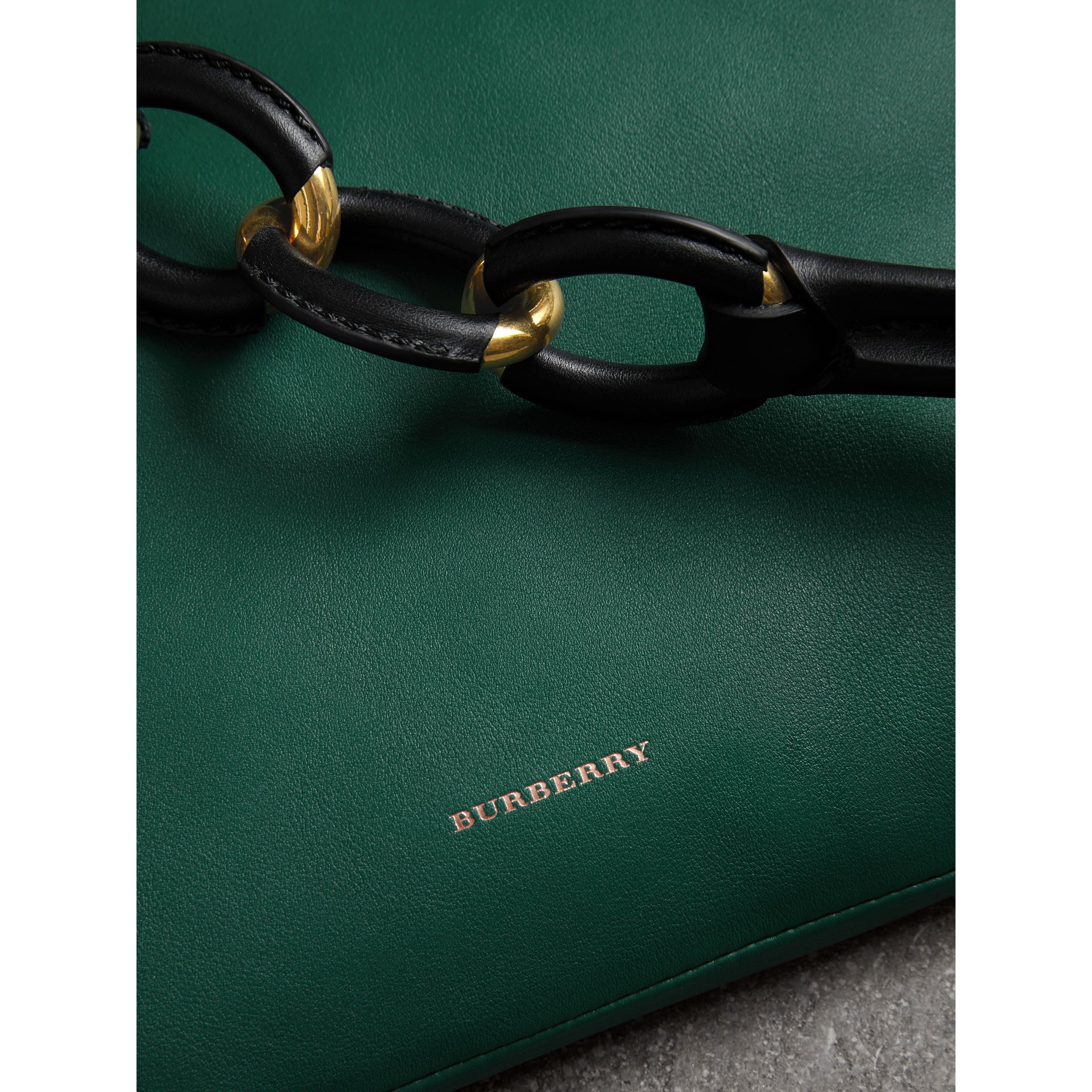Medium Two-tone Leather Shopper in Racing Green - Women | Burberry - gallery image 1