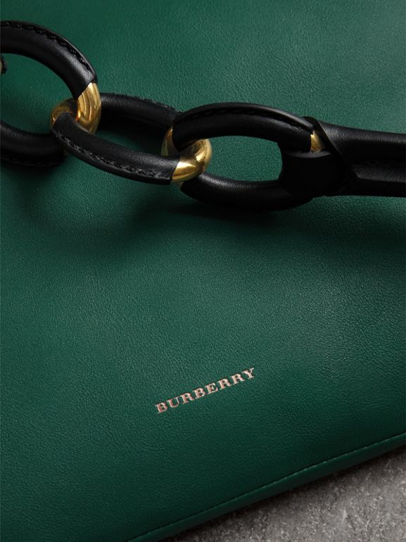 Medium Two-tone Leather Shopper in Racing Green - Women | Burberry Hong Kong - cell image 1