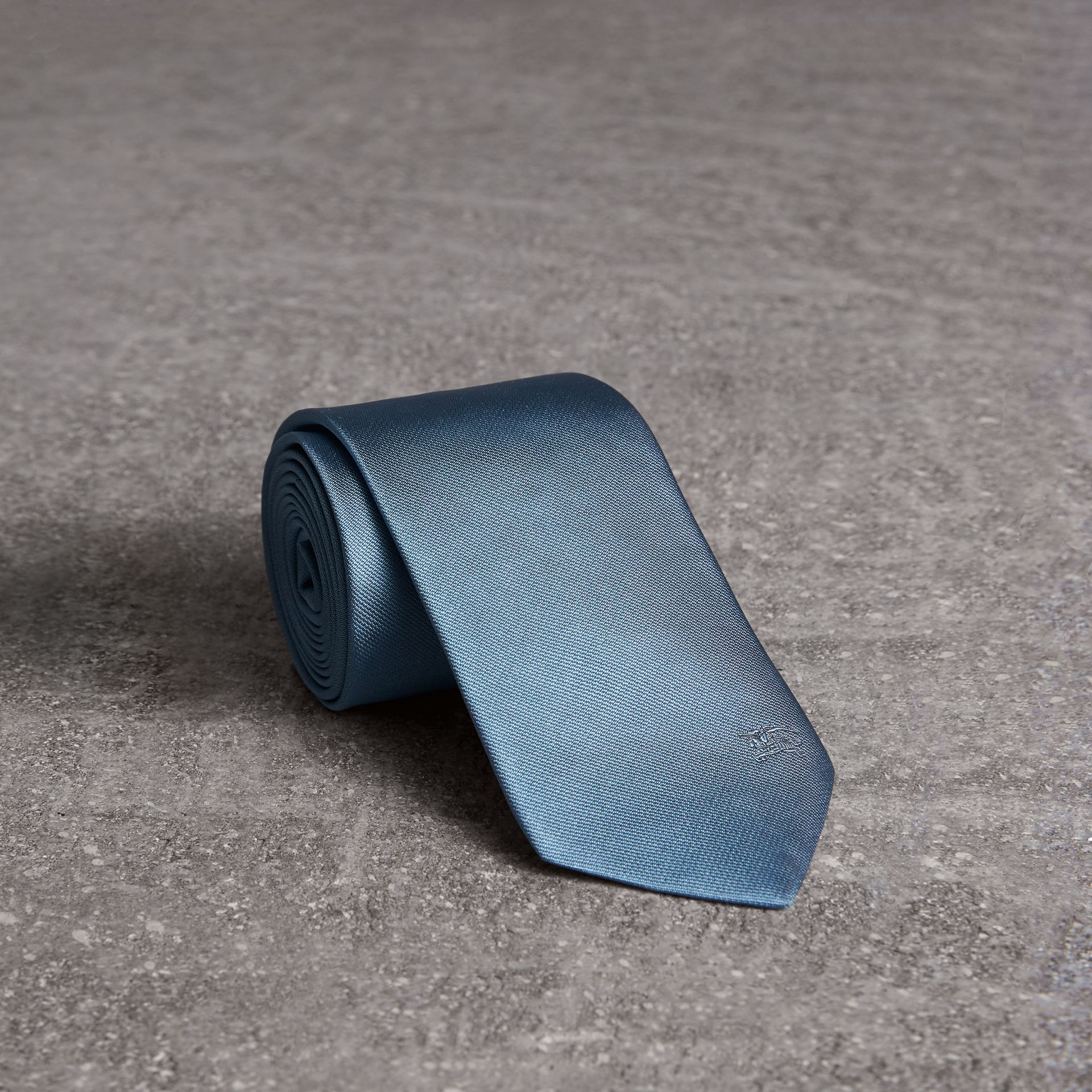 Modern Cut Silk Twill Tie in Sky Blue - Men | Burberry United States - gallery image 0