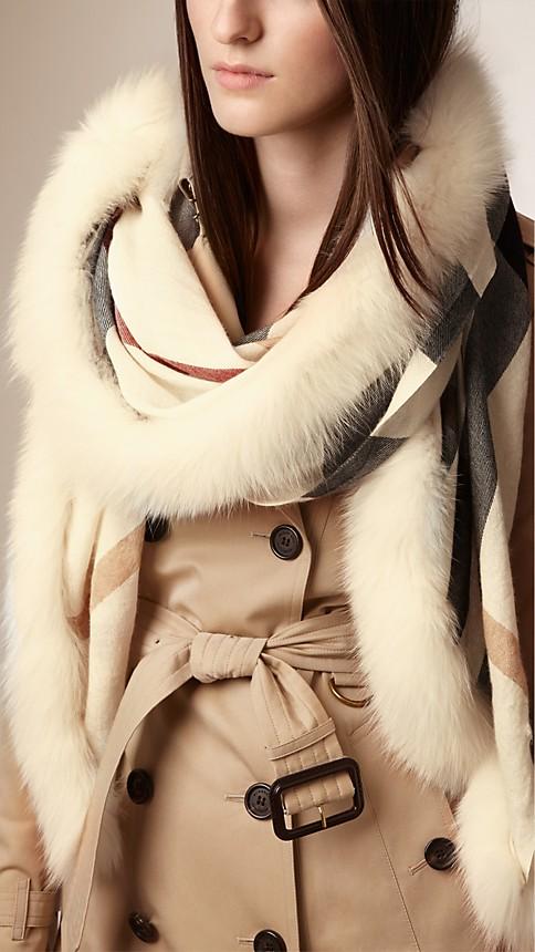 Ivory check Fur Trim Cashmere Check Scarf - Image 2