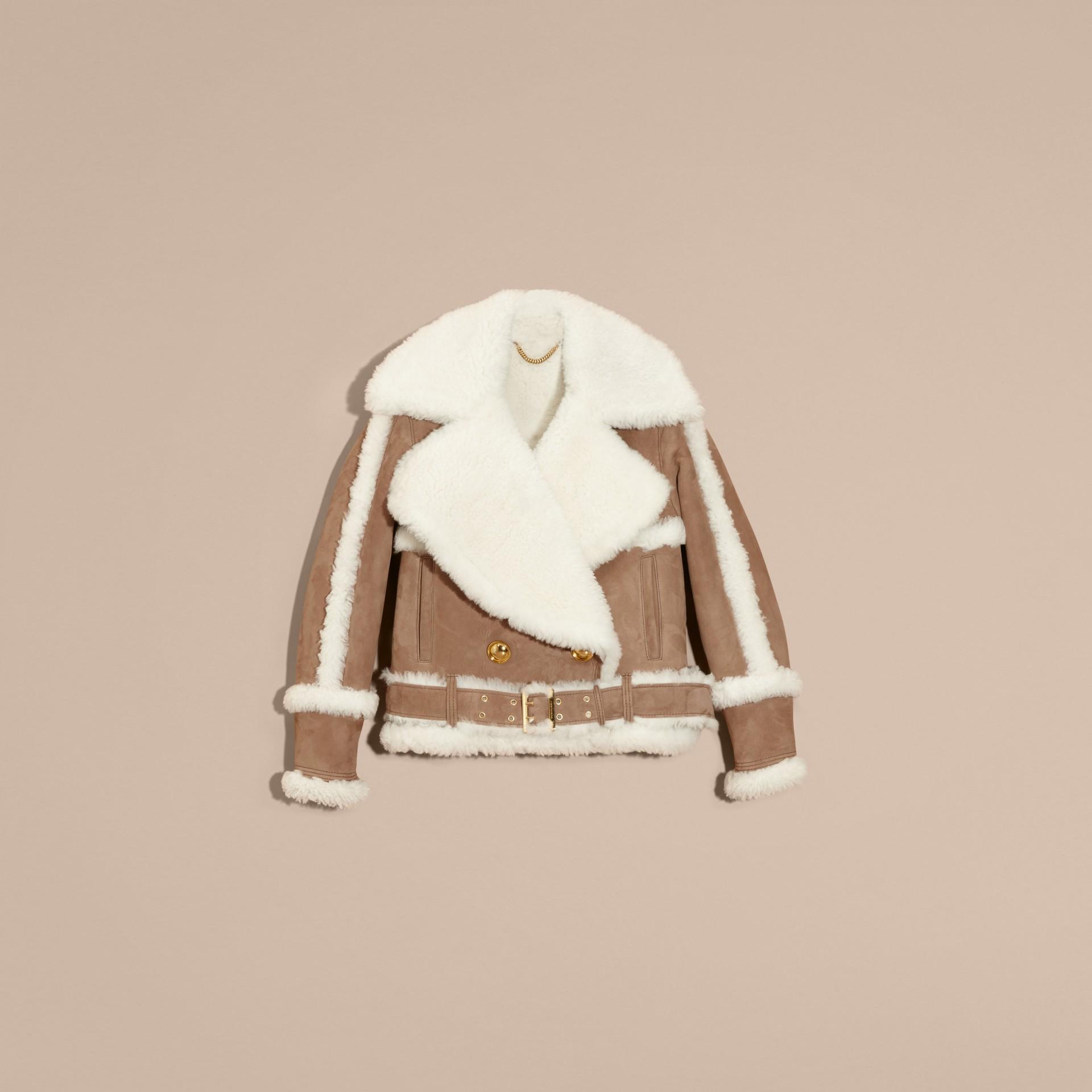 Chameau Bombardier court en shearling et cuir velours - photo de la galerie 4