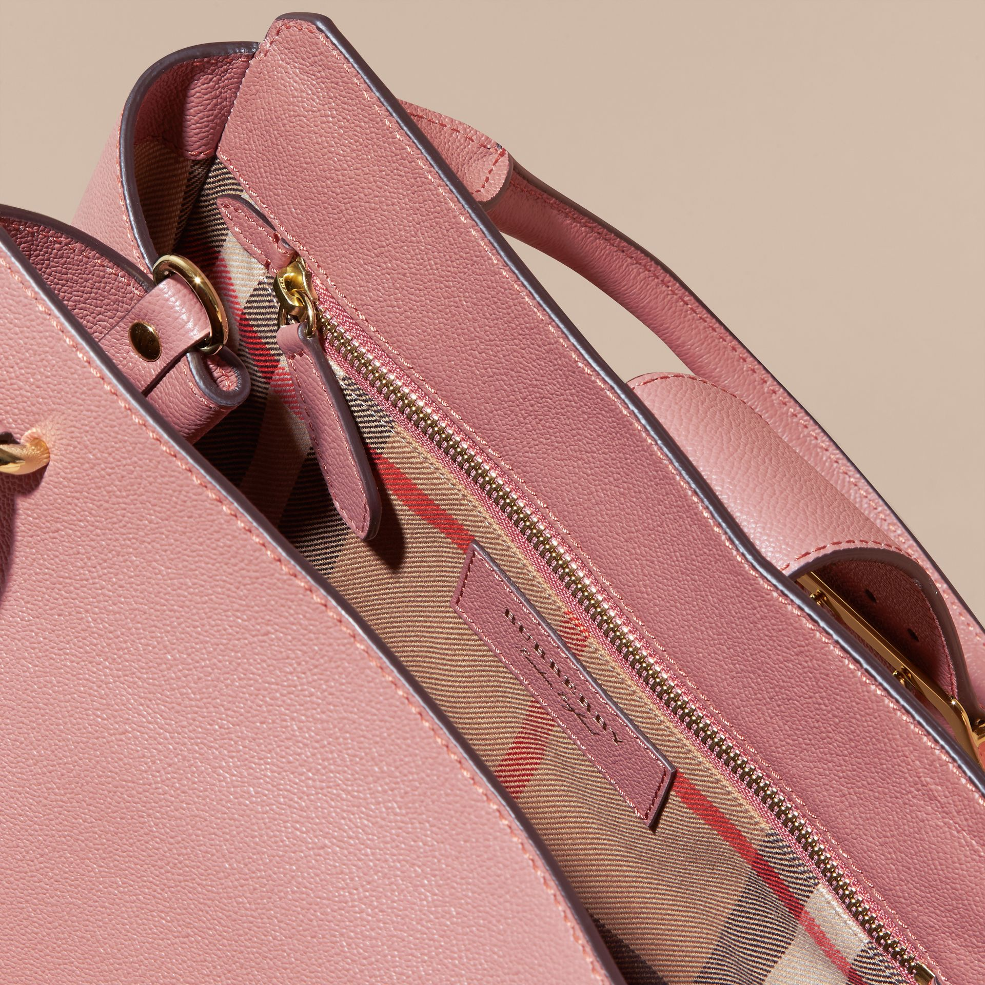 The Medium Buckle Tote in Grainy Leather Dusty Pink - gallery image 6