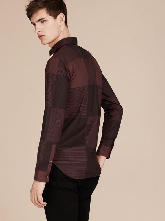 Burgundy Camisa de algodão com estampa xadrez Burgundy - cell image 2