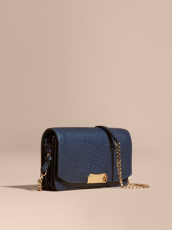 Small signature Grain Leather Clutch Bag with Chain Blue Carbon