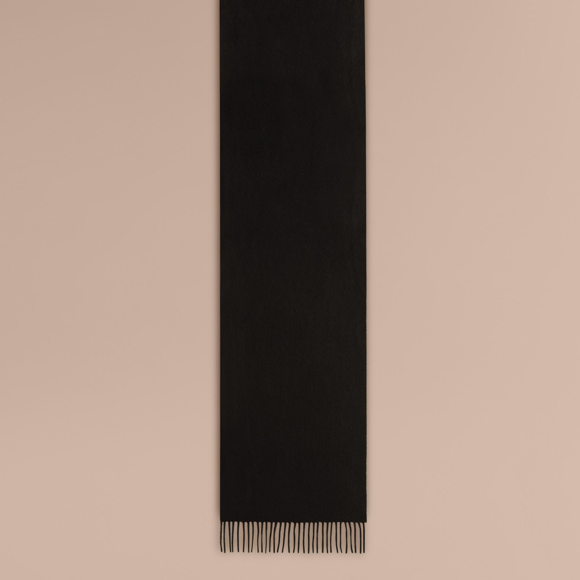 Cachecol clássico de cashmere (Preto)   Burberry - galeria de imagens 2