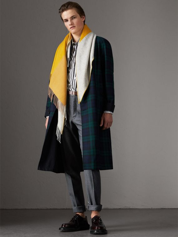 The Burberry Bandana in Striped Cashmere in Gorse Yellow | Burberry Australia - cell image 3