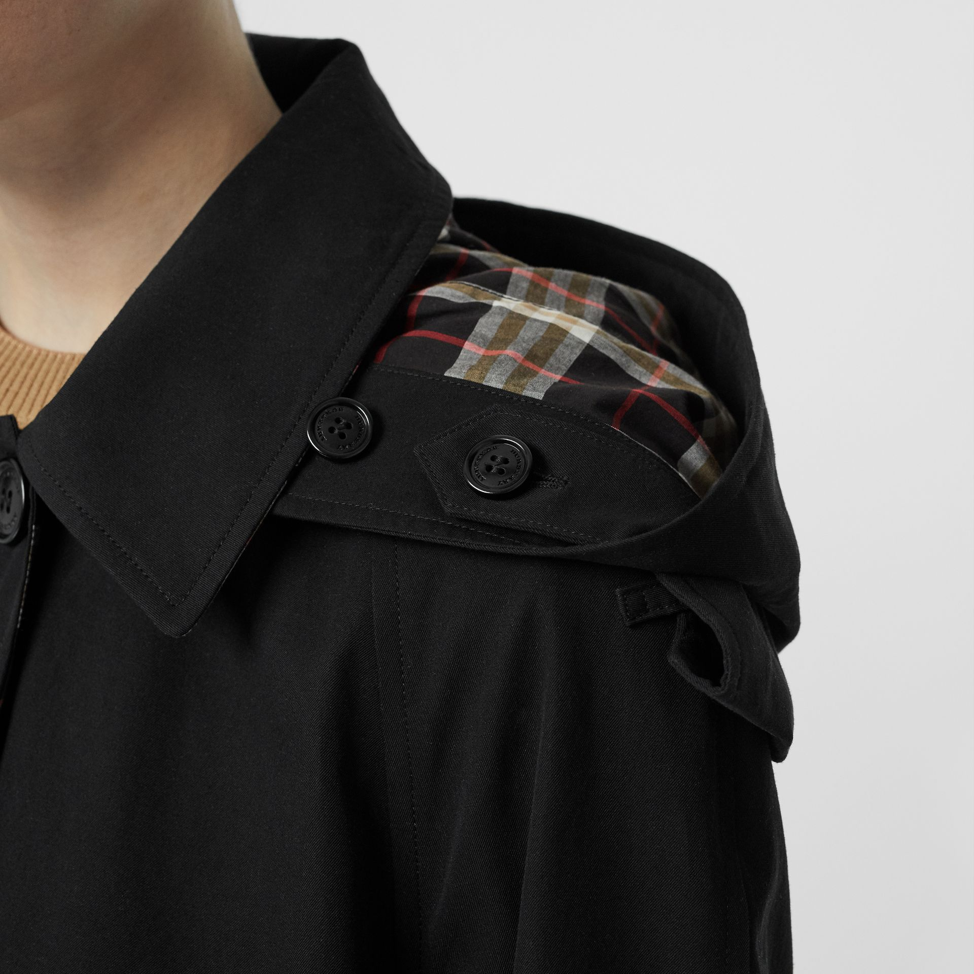 Detachable Hood Tropical Gabardine Car Coat in Black - Women | Burberry Canada - gallery image 4
