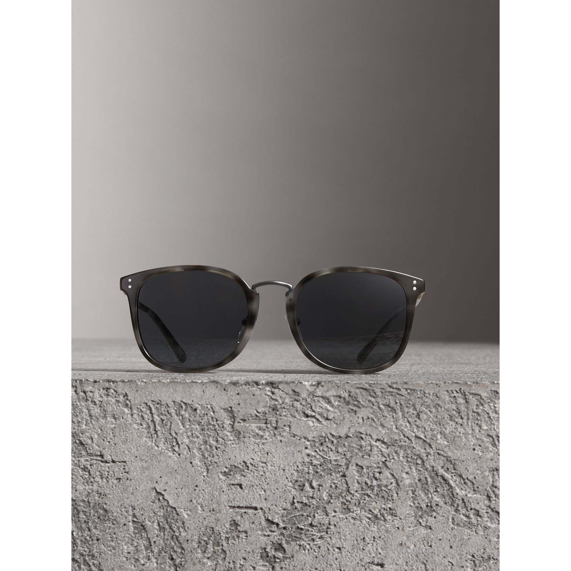 Square Frame Acetate Sunglasses in Grey - Men | Burberry United Kingdom - gallery image 2