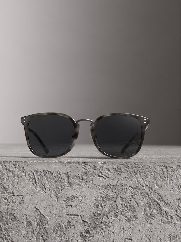Square Frame Acetate Sunglasses in Grey - Men | Burberry United Kingdom - cell image 2
