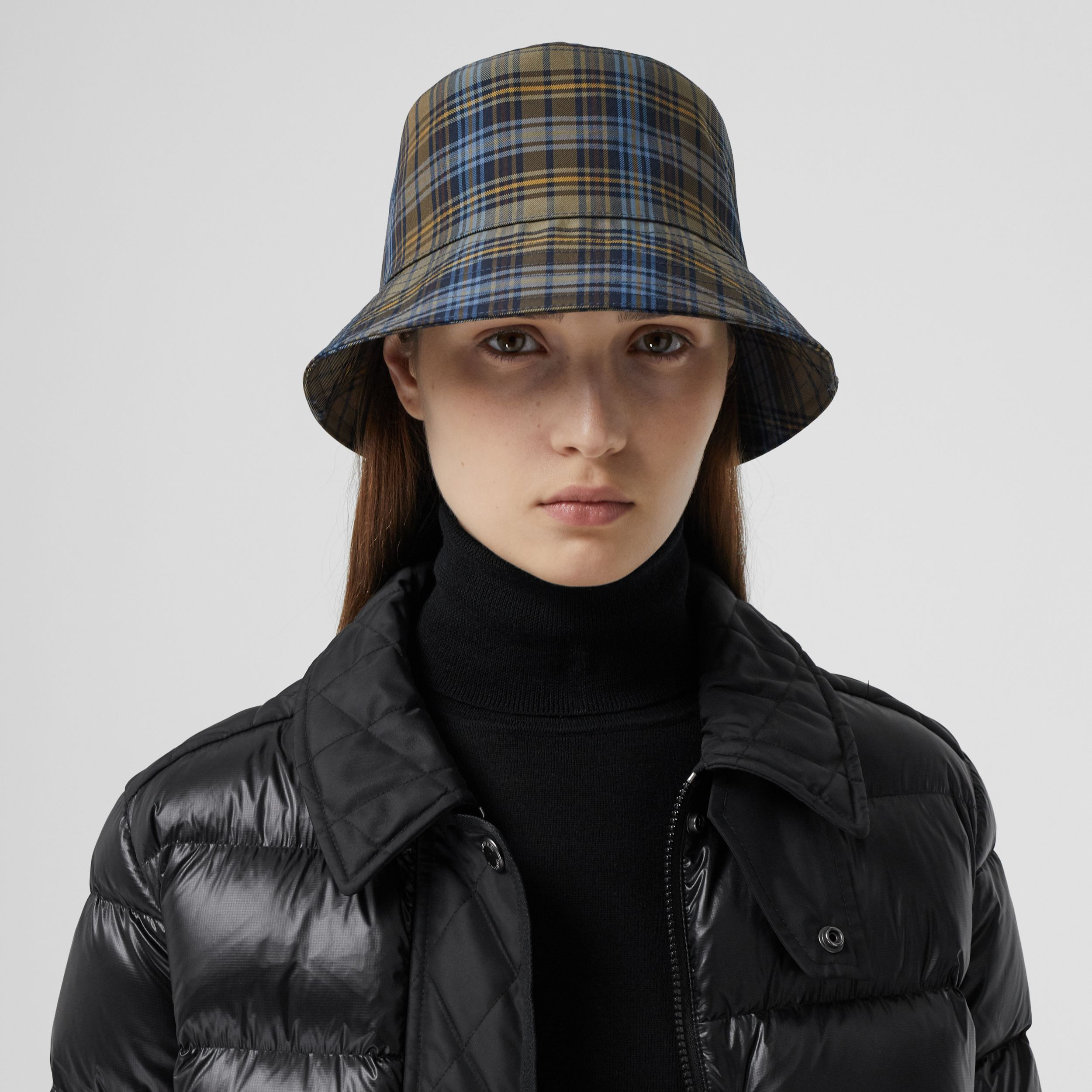 Tartan Technical Cotton Bucket Hat in Pale Powder Green | Burberry - 3