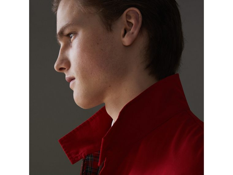 Veste Harrington de coupe slim en gabardine tropicale (Rouge Vif) - Homme | Burberry Canada - cell image 4