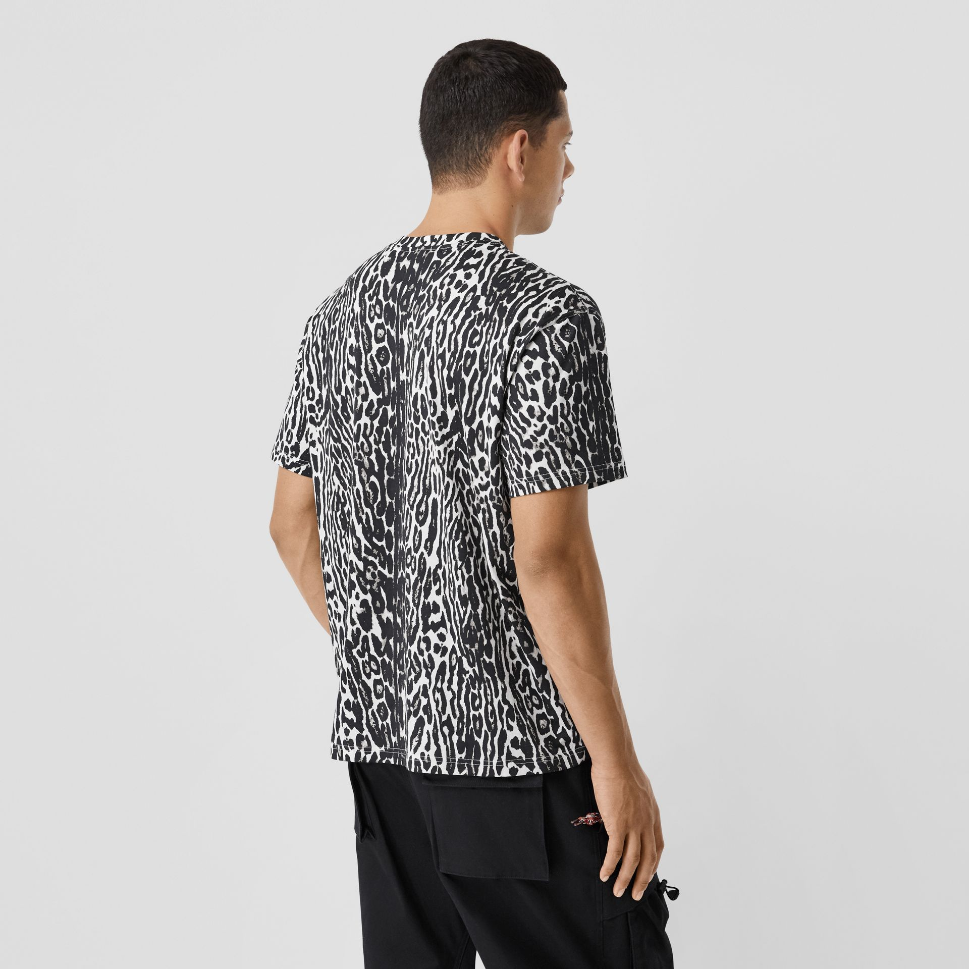 Leopard Print Cotton Oversized T-shirt in Black - Men | Burberry - gallery image 2