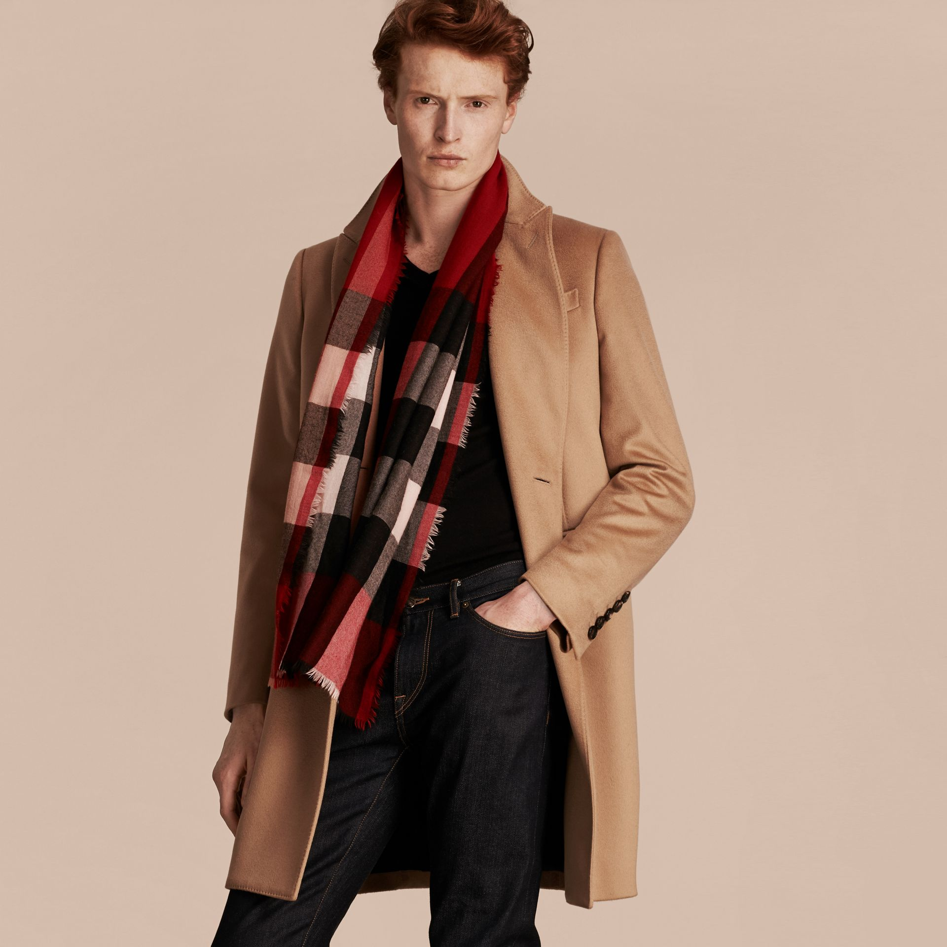 Parade red The Lightweight Cashmere Scarf in Check Parade Red - gallery image 4
