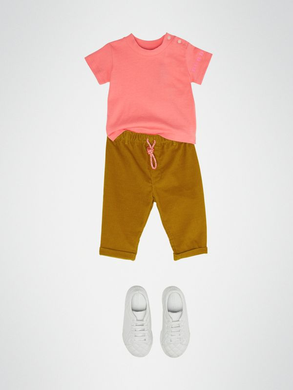 Logo Print Cotton T-shirt in Bright Pink - Children | Burberry - cell image 2