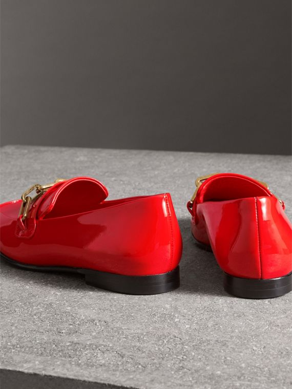 Link Detail Patent Leather Loafers in Bright Red - Women | Burberry - cell image 3