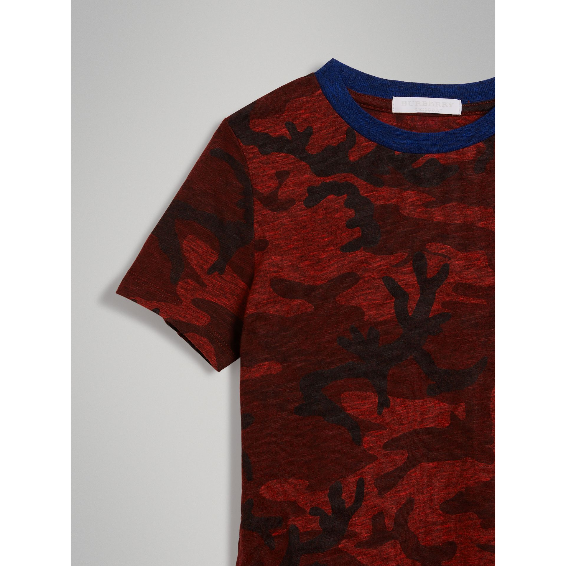 Camouflage Print Jersey T-shirt in Red | Burberry - gallery image 4
