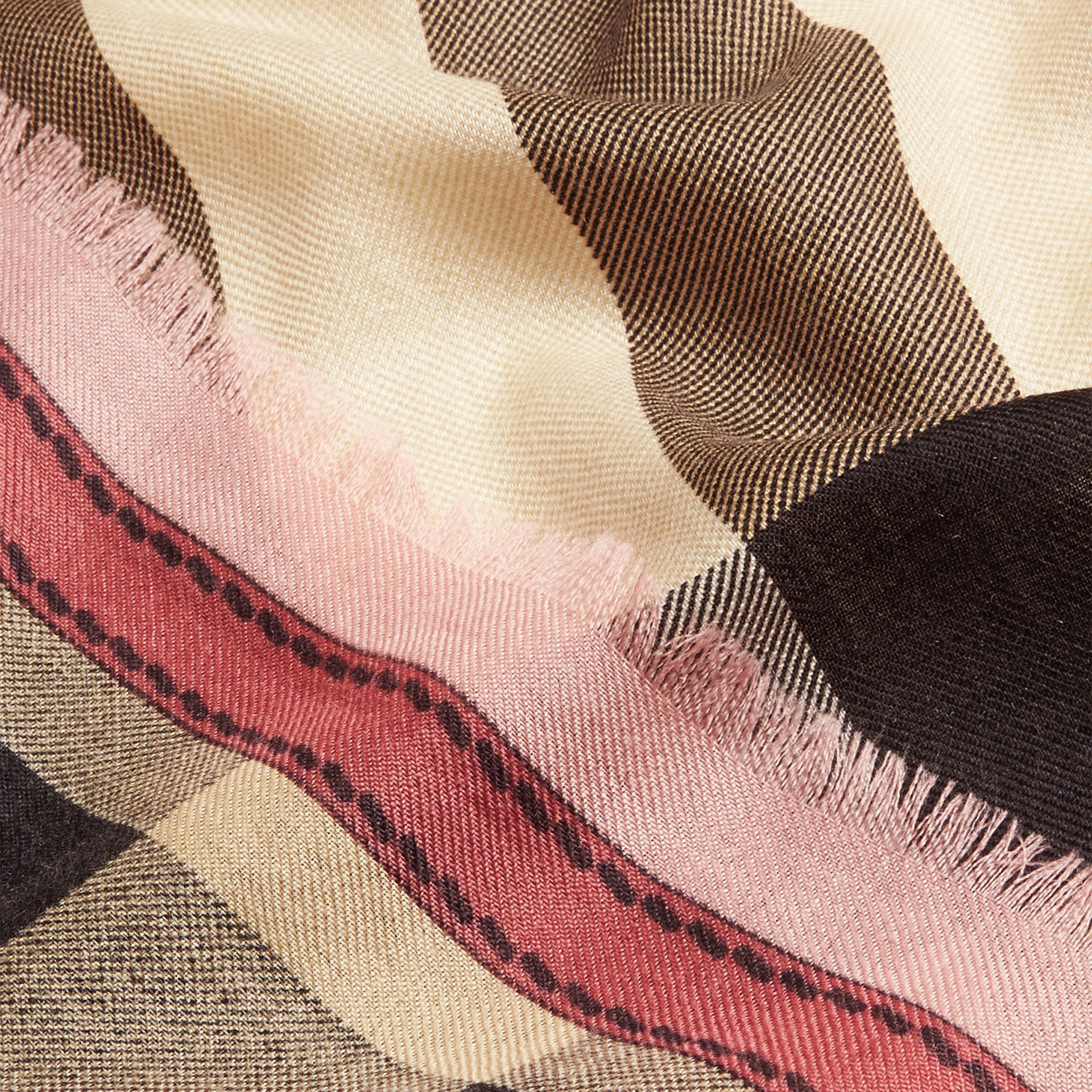 Contrast Border Horseferry Check Cashmere Scarf Rose - gallery image 2