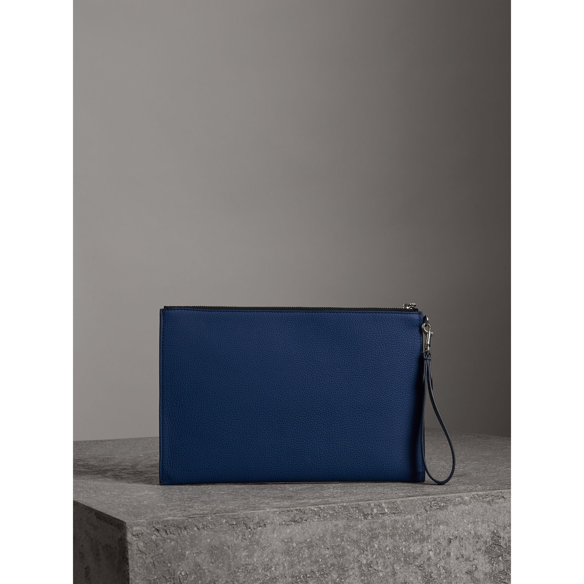 Grainy Leather Zip Pouch in Bright Ultramarine | Burberry Canada - gallery image 2