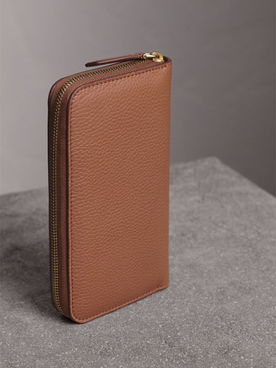 Embossed Leather Ziparound Wallet in Chestnut Brown - Women | Burberry United Kingdom - cell image 2