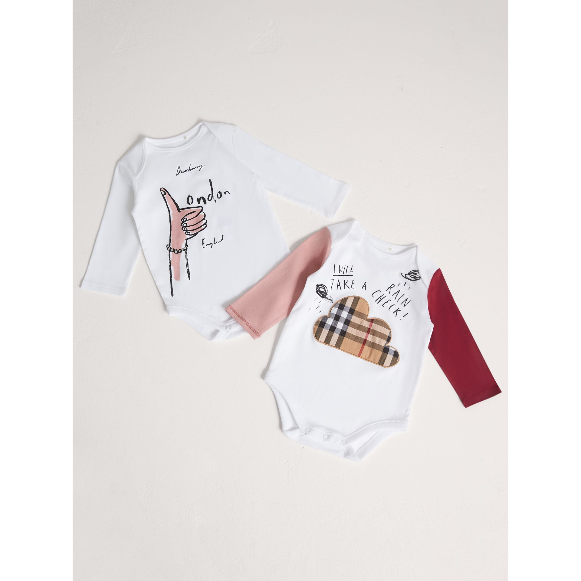 London Icons and Weather Motif Cotton Two-piece Baby Gift Set in White | Burberry - gallery image 1
