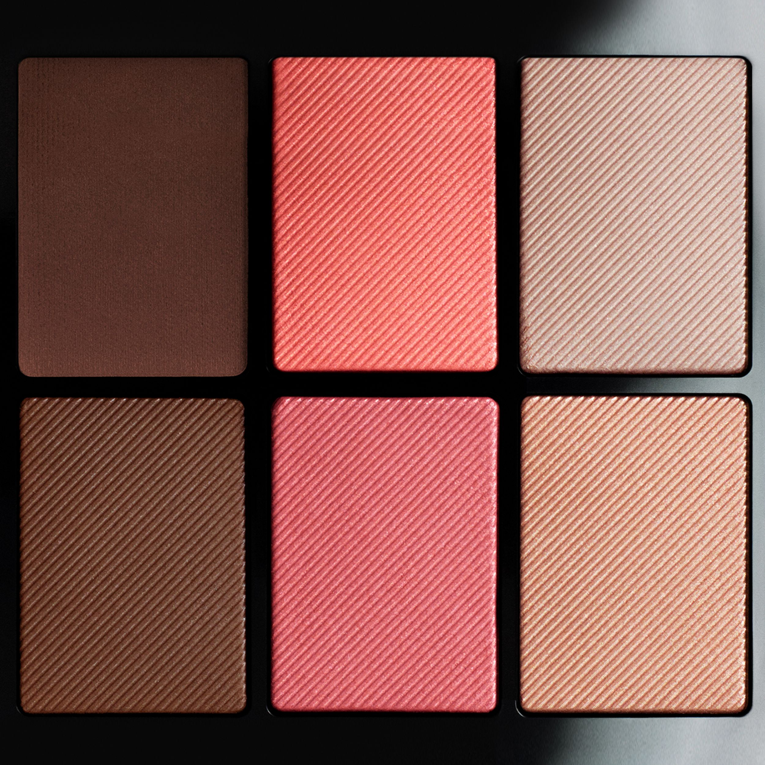 Essentials Glow Palette – 02 Medium to Dark - Women | Burberry - 2