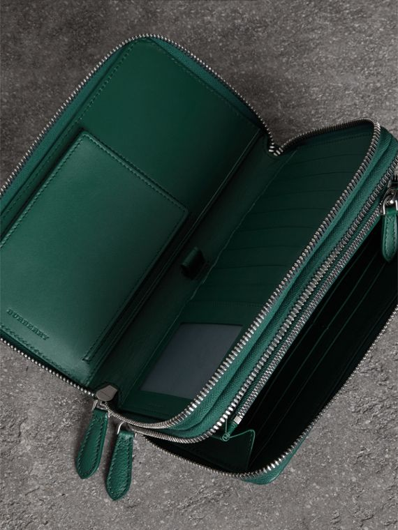 Grainy Leather Travel Wallet in Dark Cyan - Men | Burberry - cell image 3