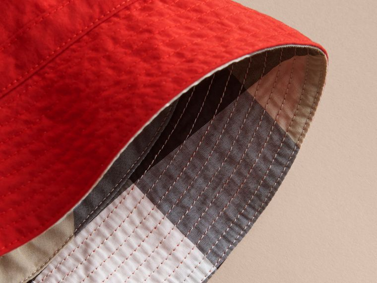 Check Detail Bucket Hat in Military Red | Burberry - cell image 2