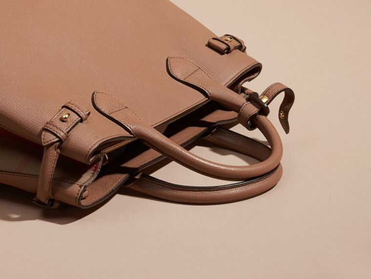 The Medium Banner in Leather and House Check in Dark Sand - Women | Burberry - cell image 1