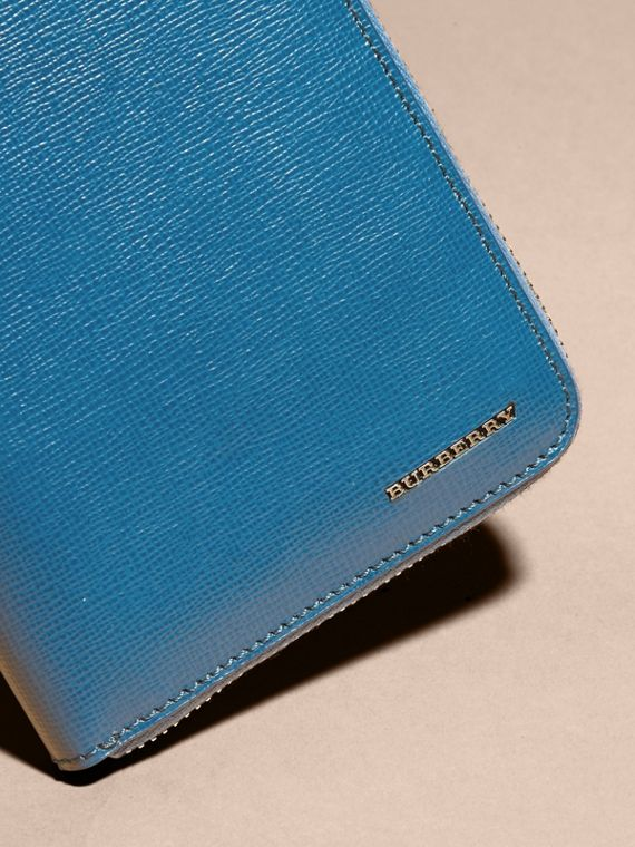 Mineral blue London Leather Ziparound Wallet Mineral Blue - cell image 2