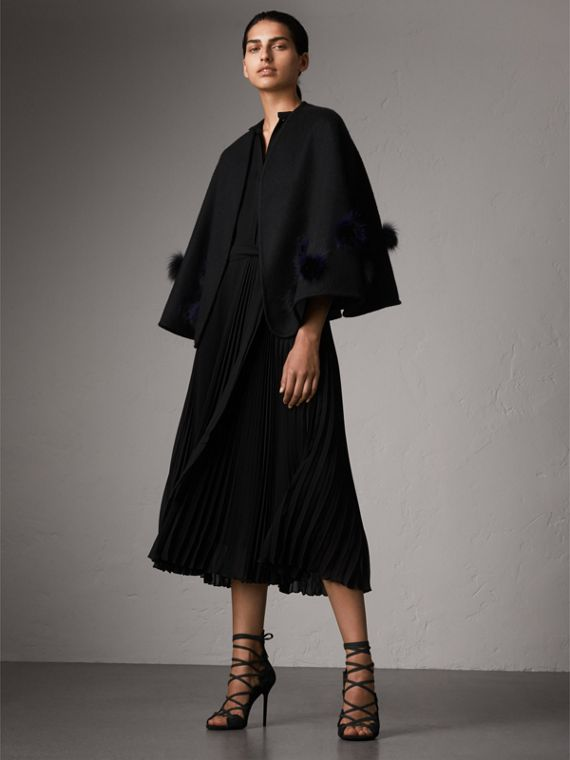 Fur Pom-pom Detail Double-faced Cashmere Wool Cape in Black