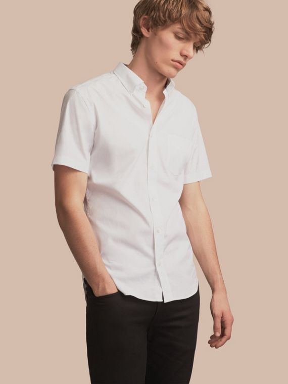 Short-sleeved Stretch Cotton Poplin Shirt in White