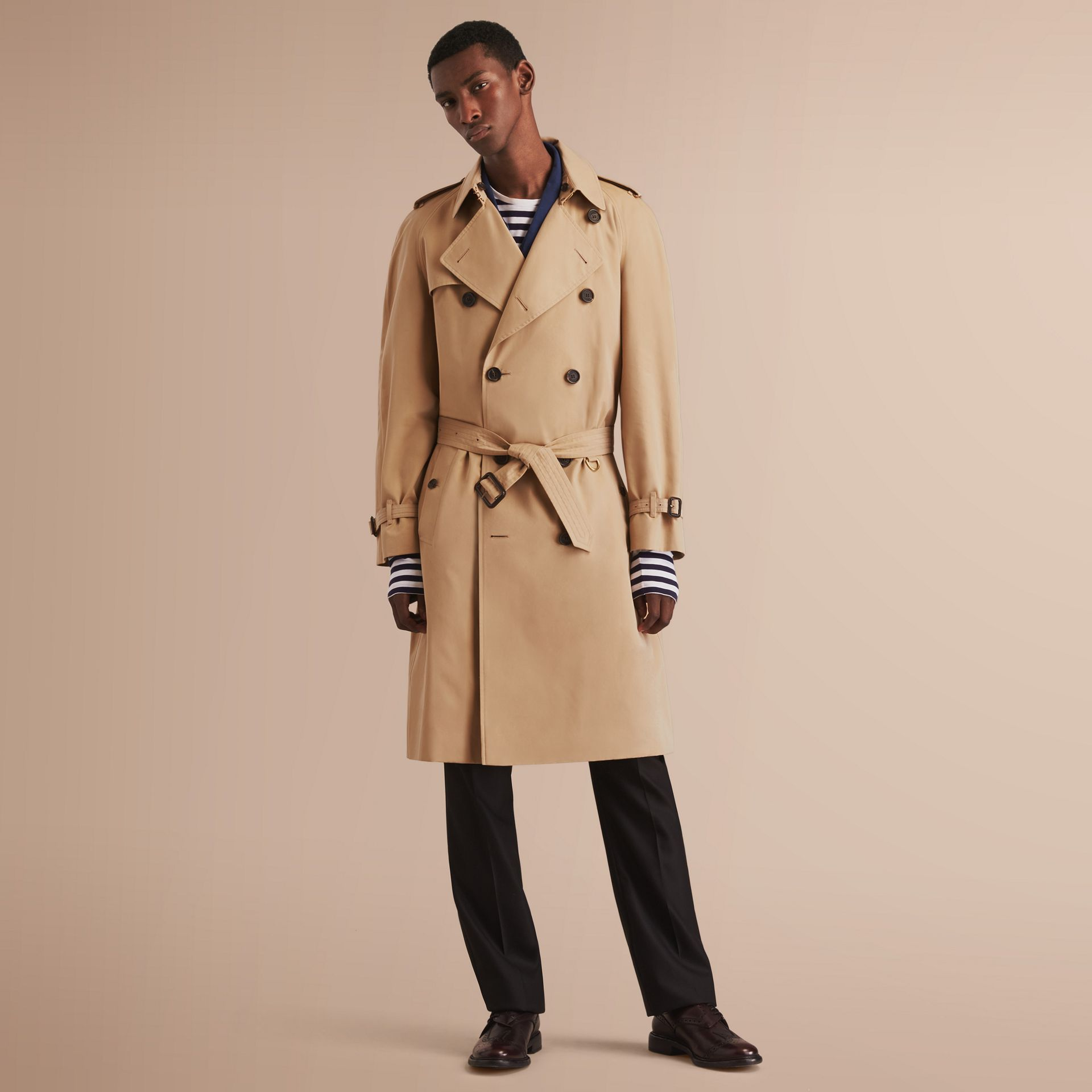 The Westminster – Long Heritage Trench Coat in Honey - Men | Burberry - gallery image 8