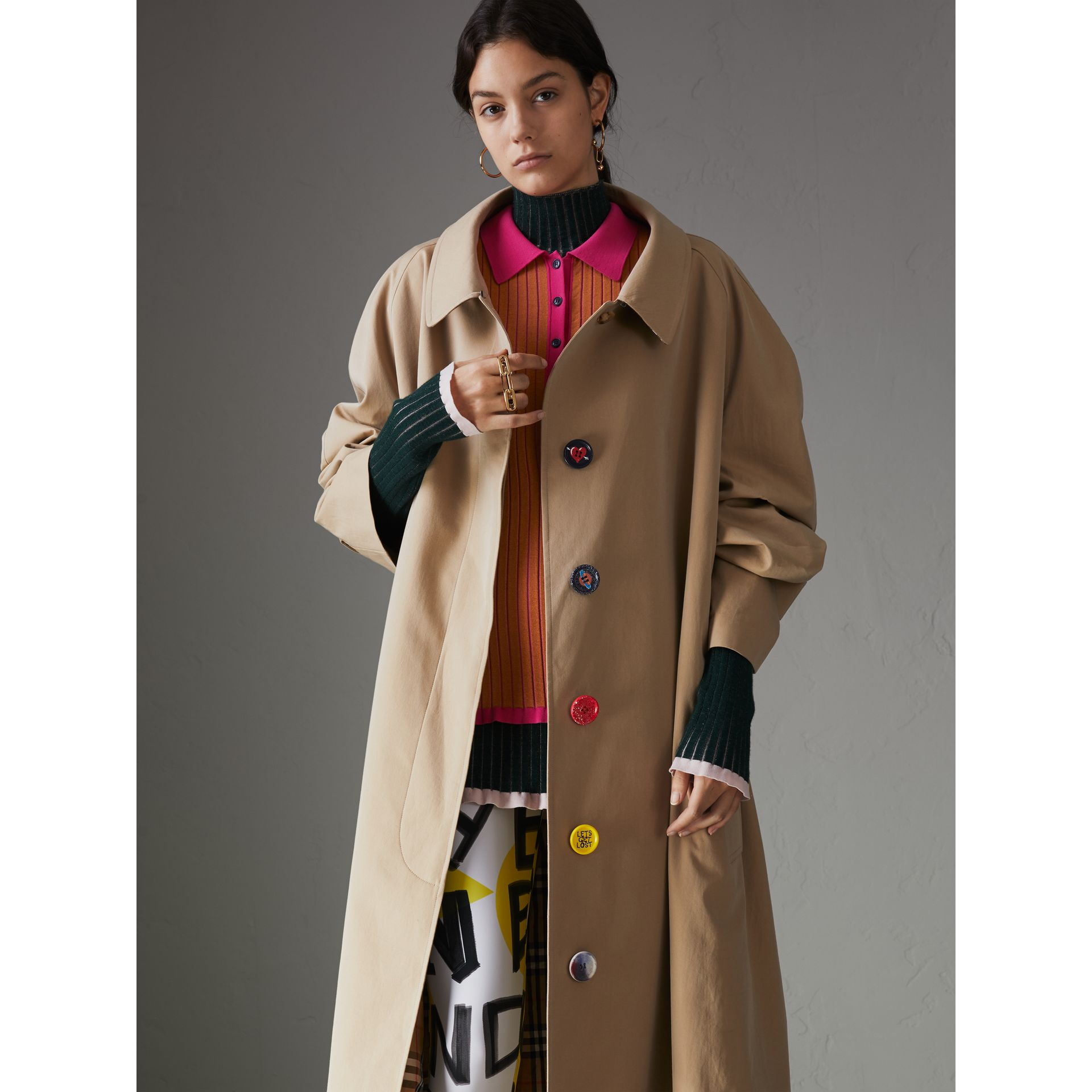 Painted Button Tropical Gabardine Car Coat in Honey - Women | Burberry Canada - gallery image 6
