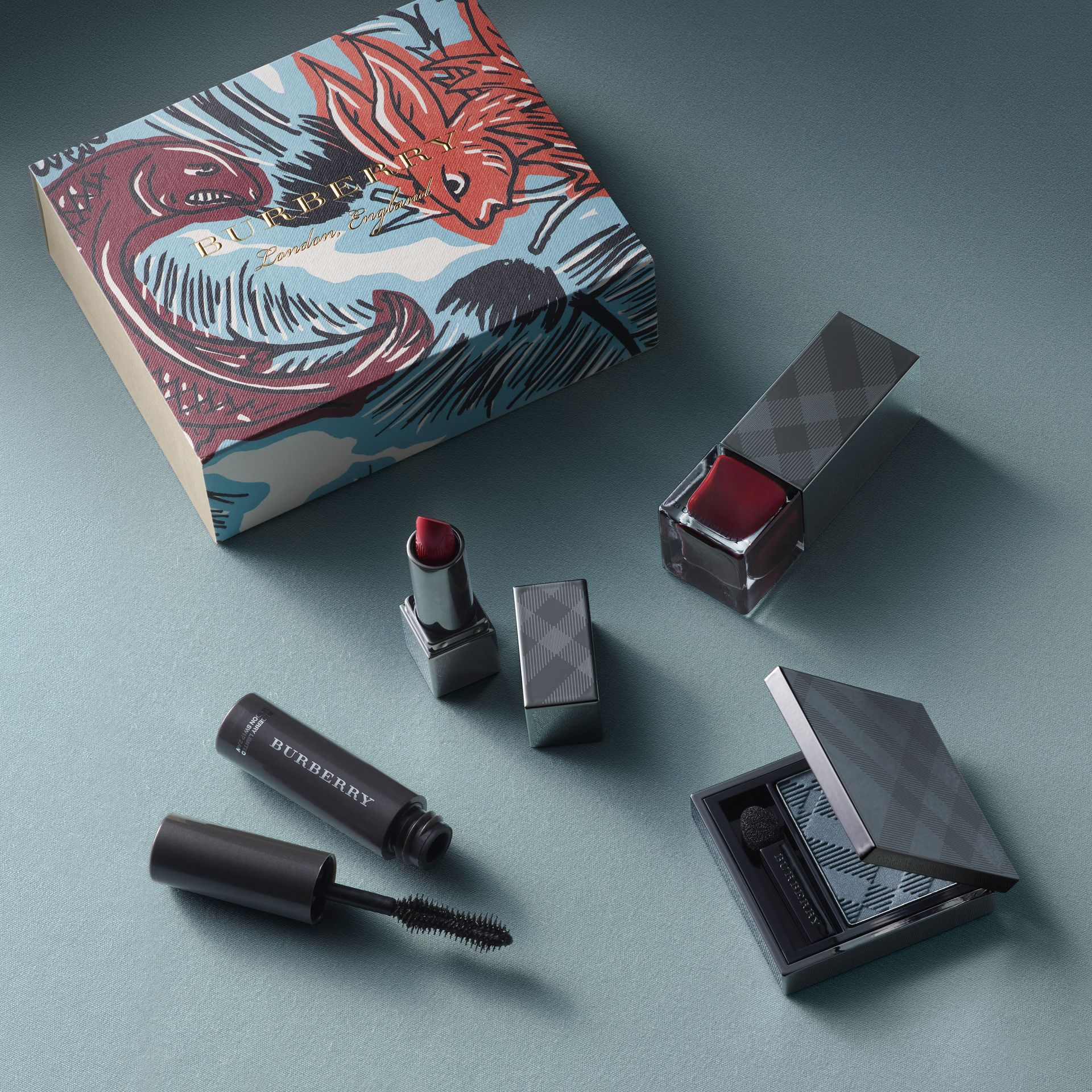 Burberry Beauty Box in Russet - Women | Burberry United Kingdom - gallery image 1