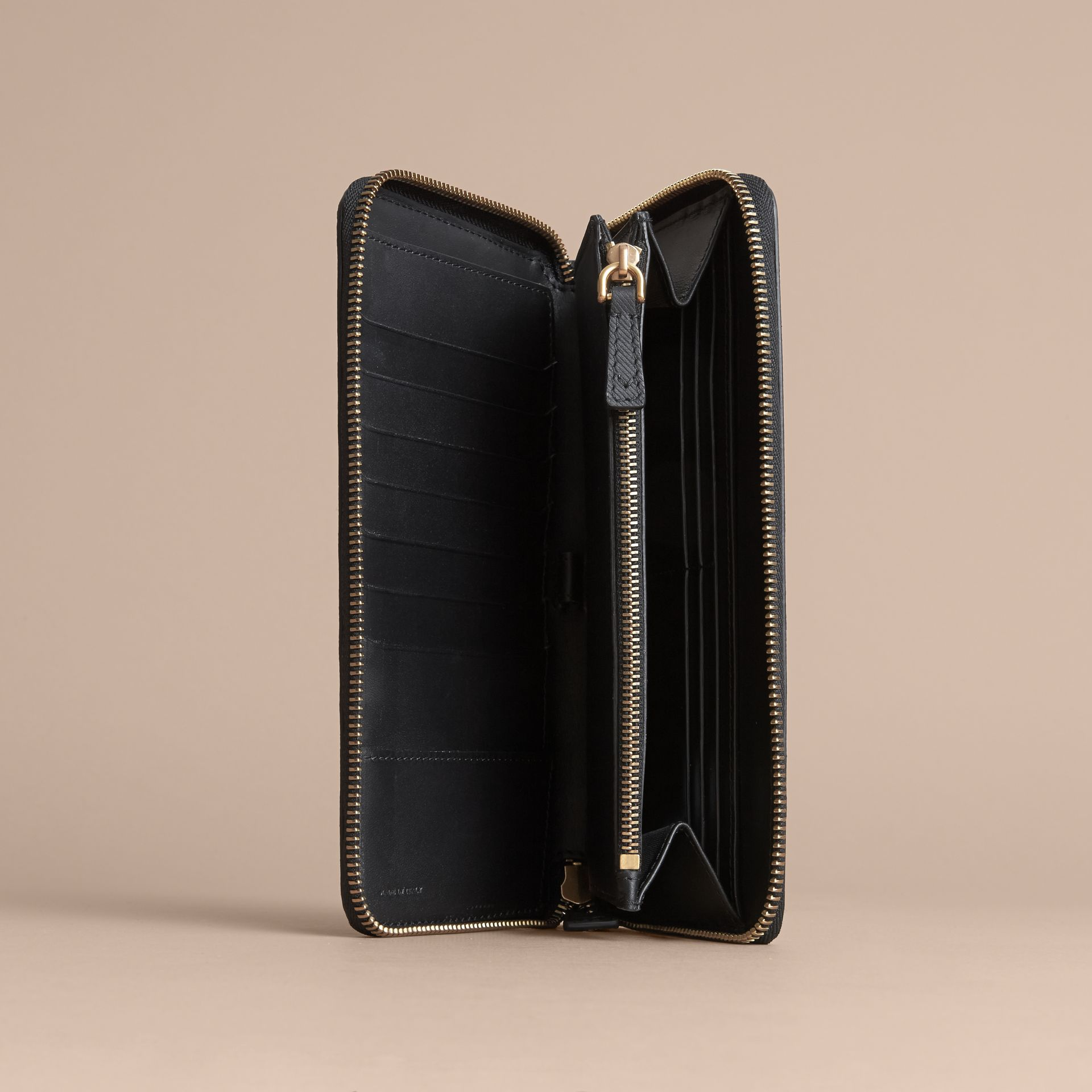 Trench Leather Ziparound Wallet in Black - Men | Burberry - gallery image 4