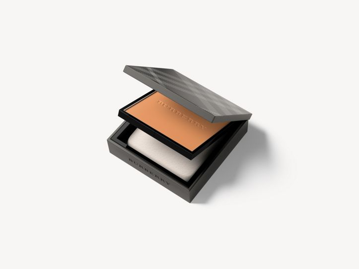 Burberry Cashmere Compact - Almond No.43